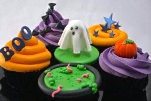 Капкейки з привидами на хелловін