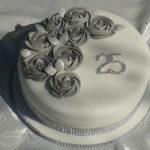 Торт з квітами на річницю весілля