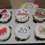 Капкейки на день народження дівчини 20 років