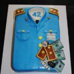 Торт на день народження митника