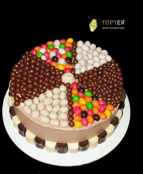 Торт без мастики але з солодощами