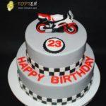 Торт з мотоциклом