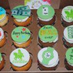 Зелені корпоративні капкейки