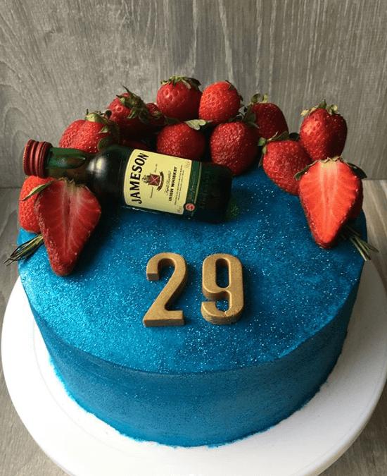 Торт з синіми блискітками
