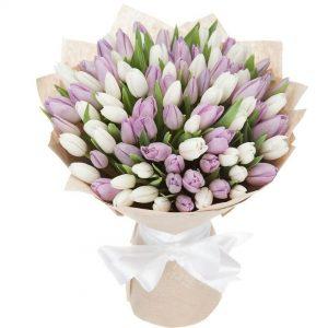 Букет тюльпанів для мами