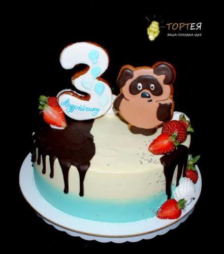 Дитячий торт з Вінні Пухом