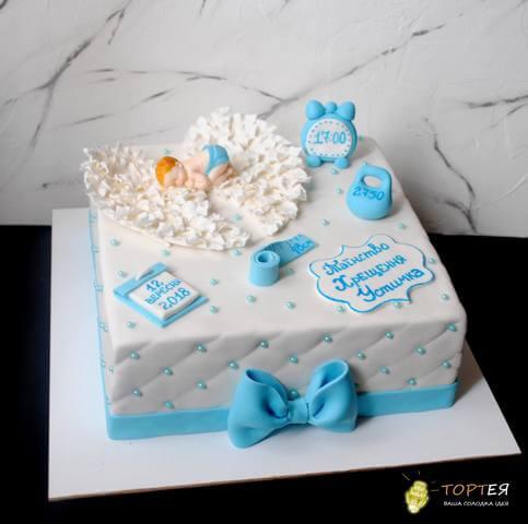 Квадратний торт на хрестини