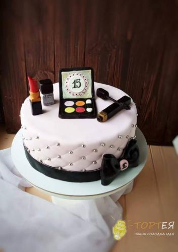 Торт для дівчинки 15 років