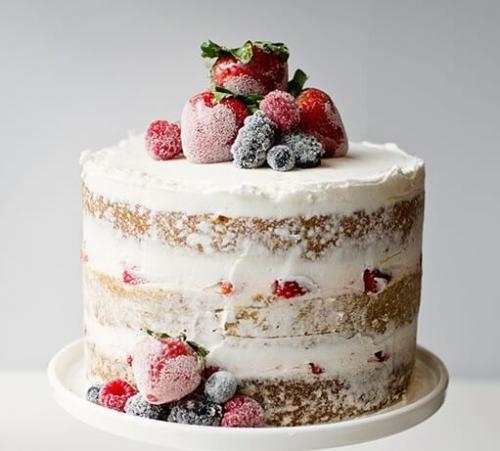 """Торт з """"голими"""" коржами без мастики"""
