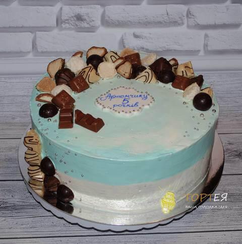 Кремовий тортик на день народення хлопчика