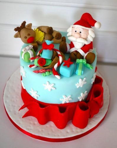 Новорічний торт з мастики