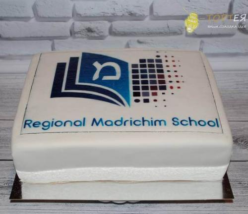 Квадратний торт на корпоратив