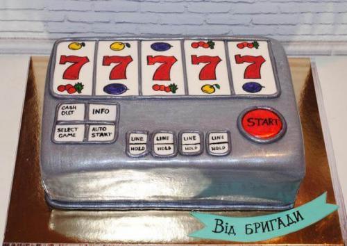 Торт гральний автомат