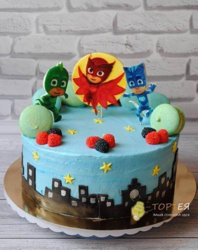 """Торт в тематичці """"Герої в Масках"""" в честь дня народження"""