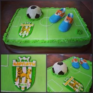Футбольний торт Карпати