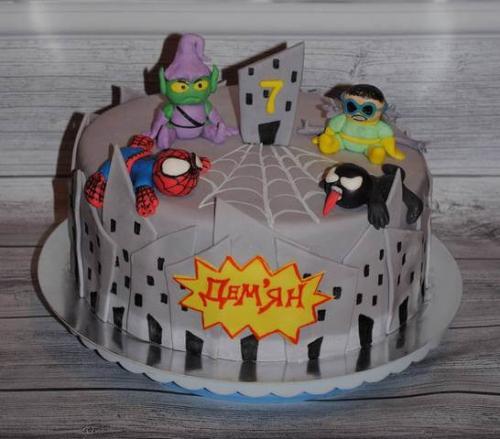 Торт людина павук