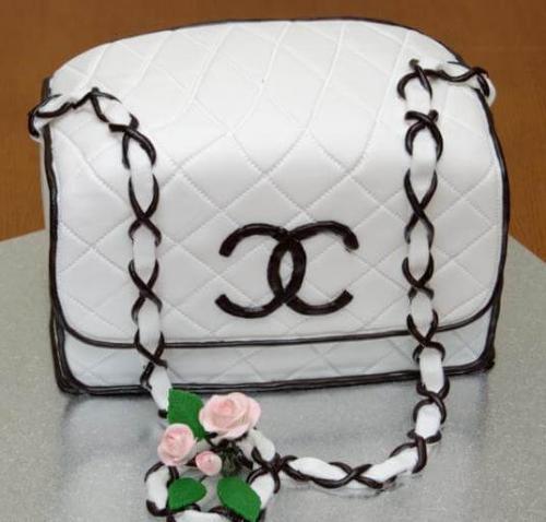 Торт на дівішнік у вигляді сумочки