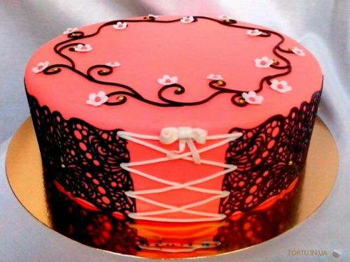Торт на дівішнік корсет