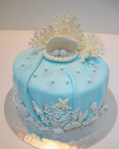 Торт на річницю весілля -  перламутрове весілля