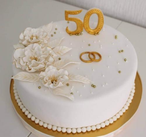 Торт на золоту річницю весілля