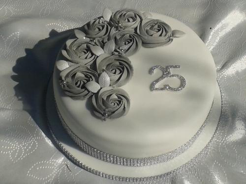 Торт на срібне весілля - 25 років