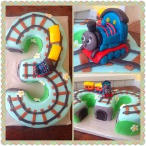 Торт поїзд