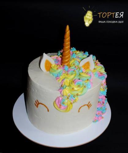 Торт для дівчинки єдиноріг