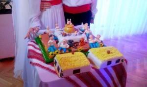 """""""Весільний торт жив був пес"""""""